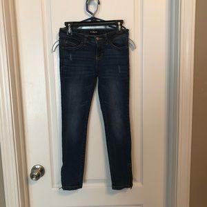 Girl's dark wash skinny jeans size 7